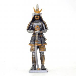 Figurine - Samurai avec son katana posé devant lui