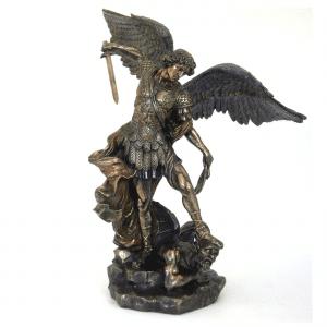 Sculpture miniature de l'Archange St Michel