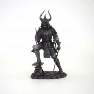 Figurine - Samourai manipulant ses deux sabres
