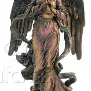 Figurine - Ange jouant de la trompette