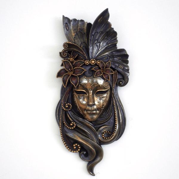"Bibelot représentant un masque de Venise ""Lily"""