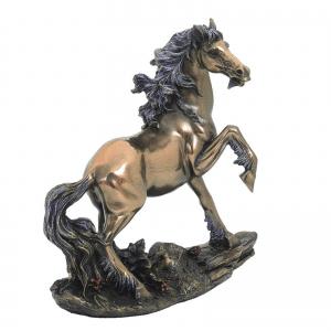 Figurine - Etalon fougueux
