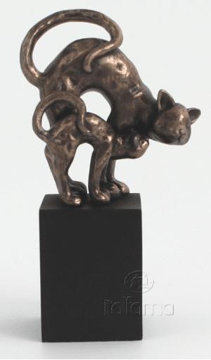 Figurine - Chats jouant ensemble