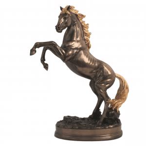 Figurine - Etalon avec sa crinière