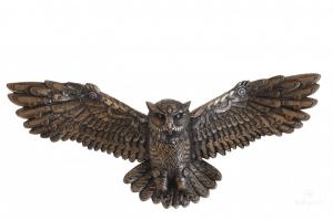 Plaque murale d'une chouette de style Steampunk à ailes ouvertes