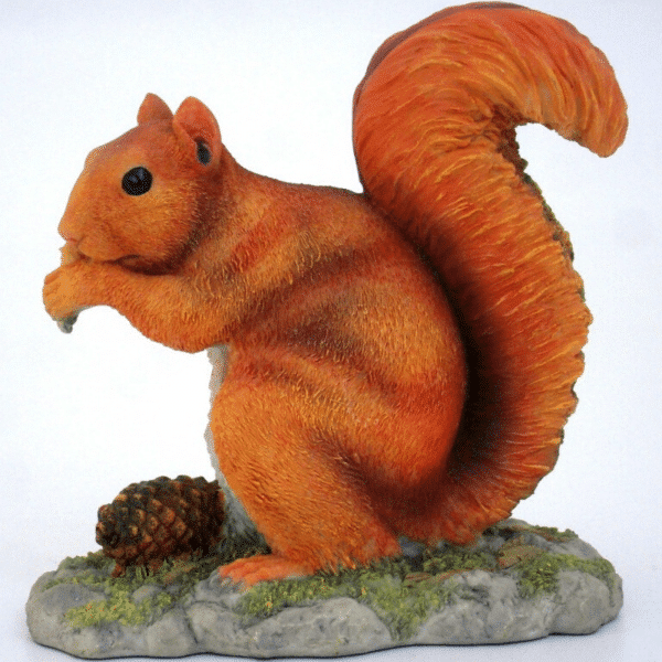 Figurine - Écureuil des bois